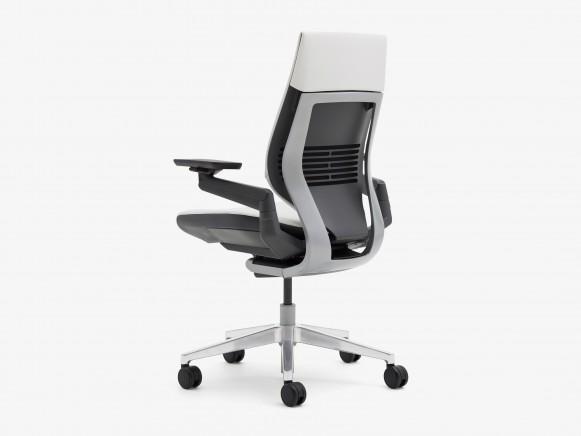 SC_Gesture_chair (32)