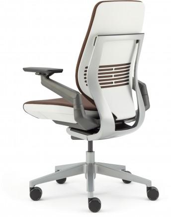 SC_Gesture_chair (39)