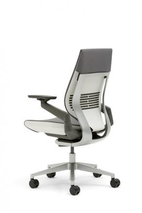 SC_Gesture_chair (43)