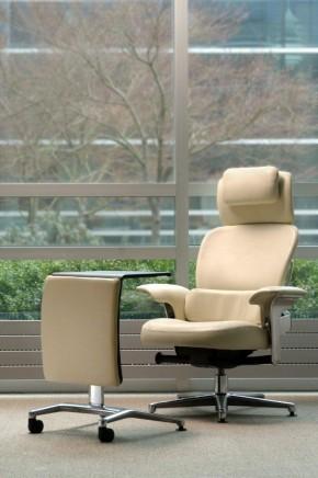 Amazing Designfarm Designer Furniture Hay Steelcase More Creativecarmelina Interior Chair Design Creativecarmelinacom