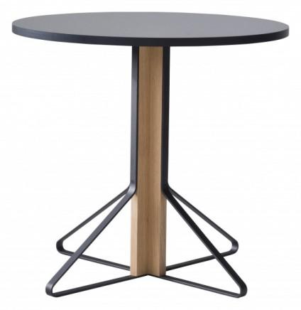 ATK_REB 003_Kaari table