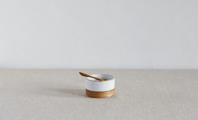 SALT _ PEPPER DISH - BRUSHED WHITE 01