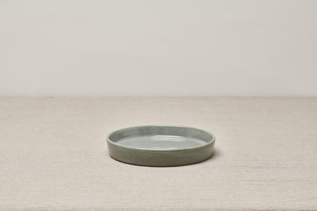 YOGI BREAKFAST PLATE. DOVE GREEN jpg